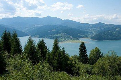 lacul-izvorul-muntelui