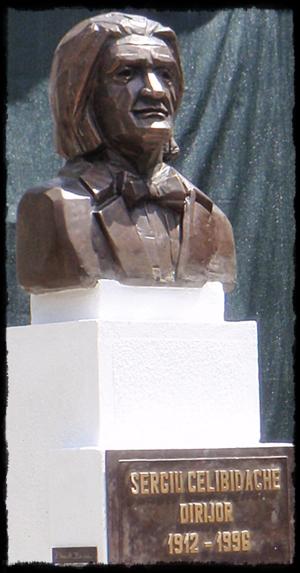 Bustul Maestrului Sergiu Celibidache din Roman