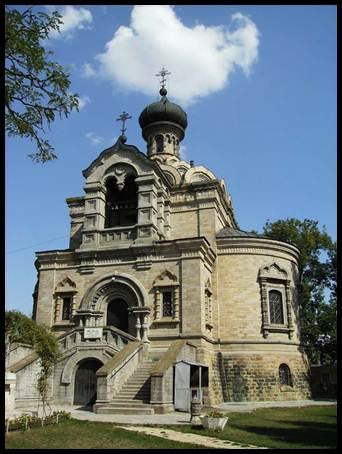 biserica-din-roznov (1)
