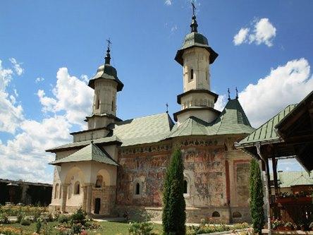 manastirea_rasca_w700_h800_q90